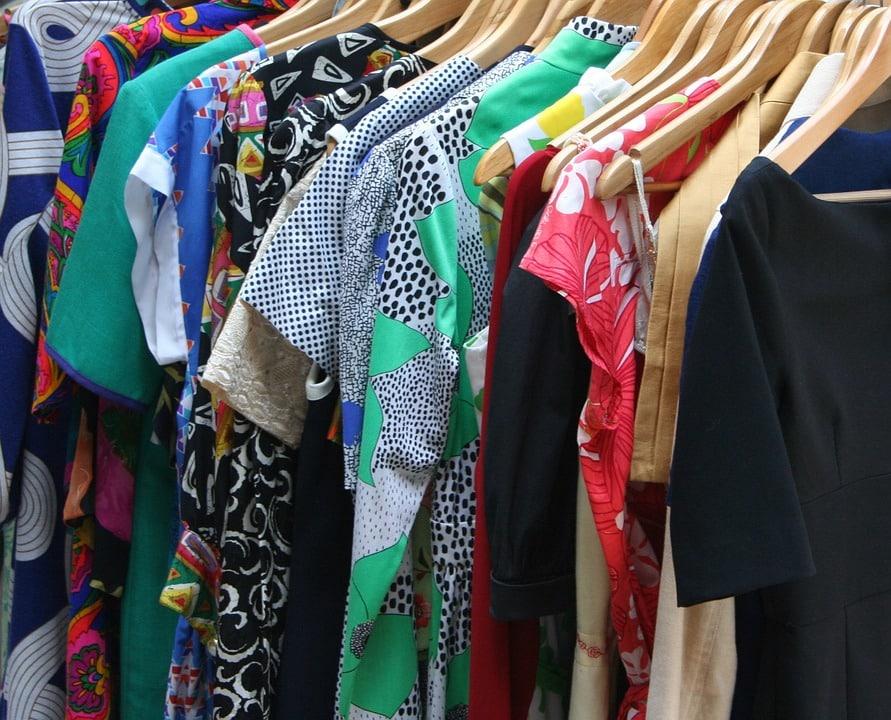 Garde-meuble: astuces pour conserver au mieux vos vêtements