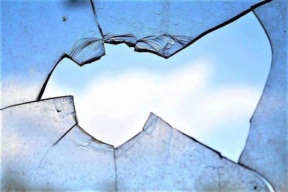 Vitre de fenêtre en bois : comment la changer?