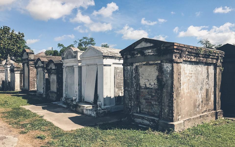 Les rites funéraires des 4 coins du monde décortiqués