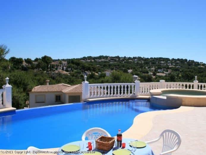 Espagne : les prix de l'immobilier continuent de baisser