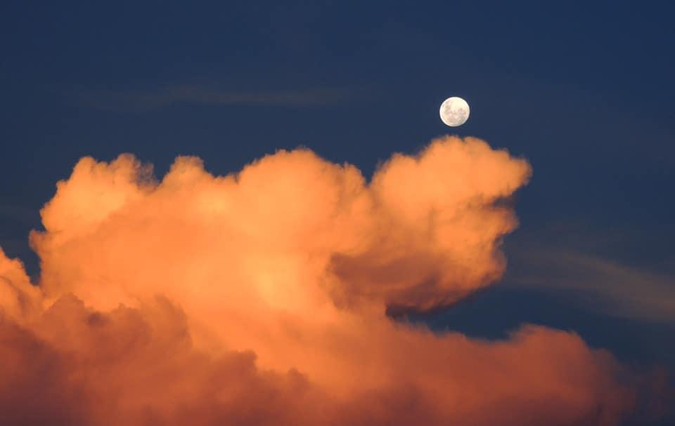 La lune perturbe notre sommeil : info ou intox ?
