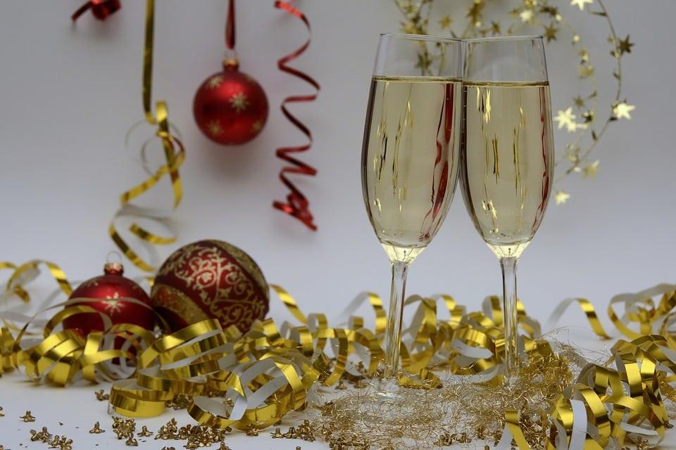 Organiser une fête chez soi : les 6 règles pour réussir