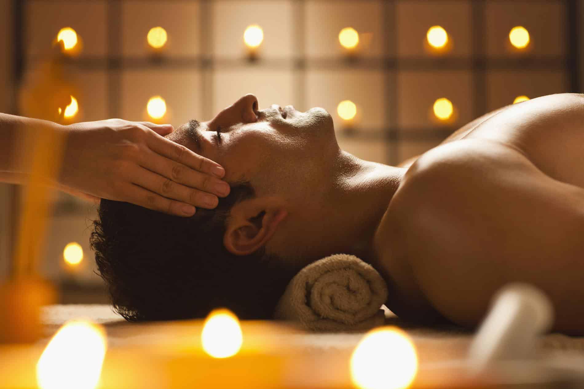 Faites connaissance avec le massage tantrique sensuel