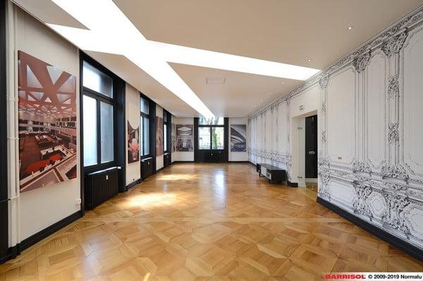 Le plafond tendu acoustique, un avantage de taille pour votre intérieur